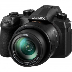 panasonic-lumix-fz1000-ii-side